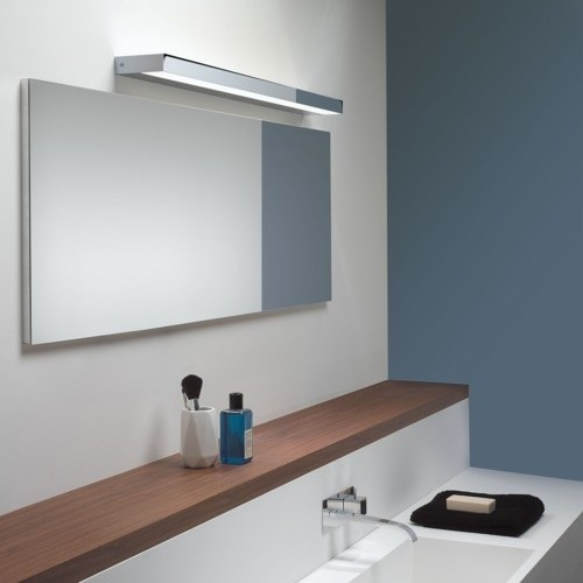 Axios | Badezimmer-Wandleuchte | LED | 900mm | Perfecto design